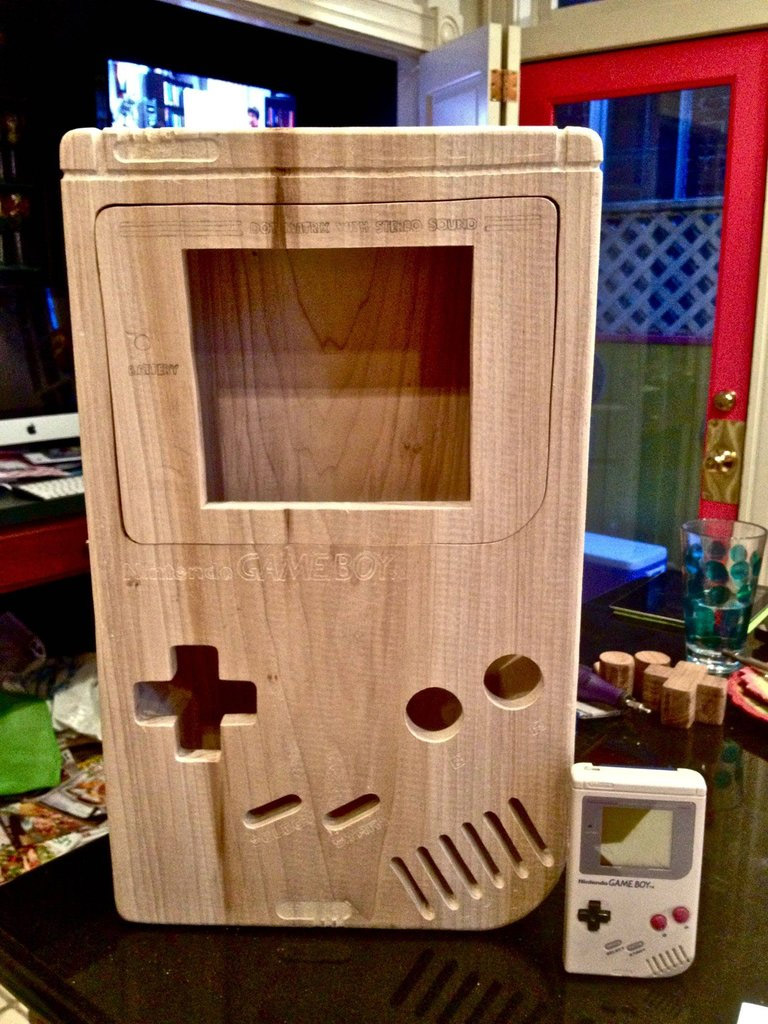 gameboy en bois g ant geek. Black Bedroom Furniture Sets. Home Design Ideas