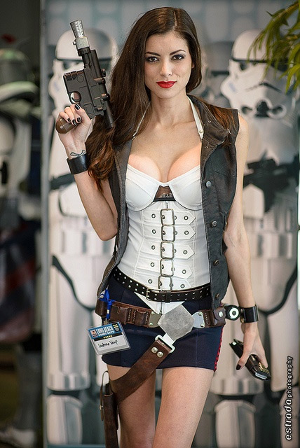 Accueil Cosplay sexy du jour Cosplay Lady Han Solo #230