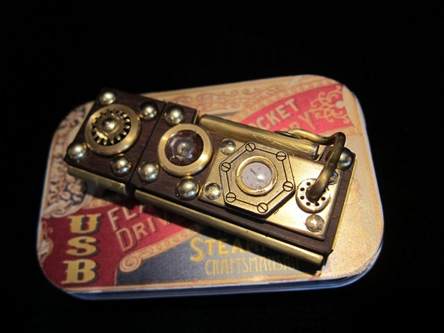cle-usb-steampunk
