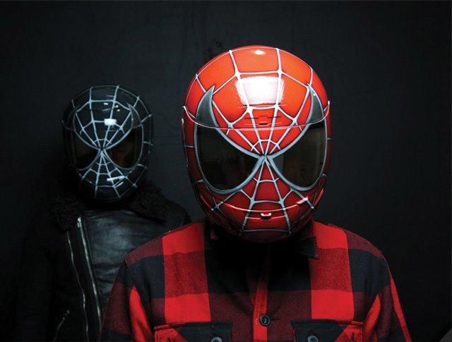Casque de moto spiderman geek - Spider man moto ...