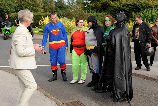 enterrement-super-heros