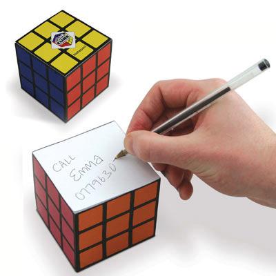 bloc note rubik 39 s cube geek. Black Bedroom Furniture Sets. Home Design Ideas
