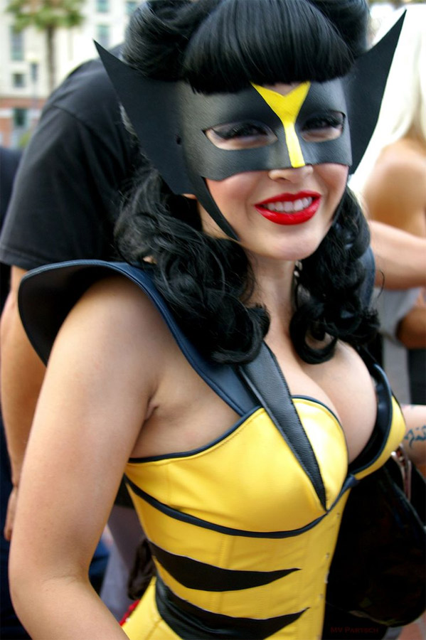 Cosplayeuse Wolverine sexy
