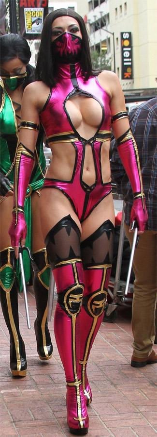 Cosplayeuses sexy Mortal Kombat