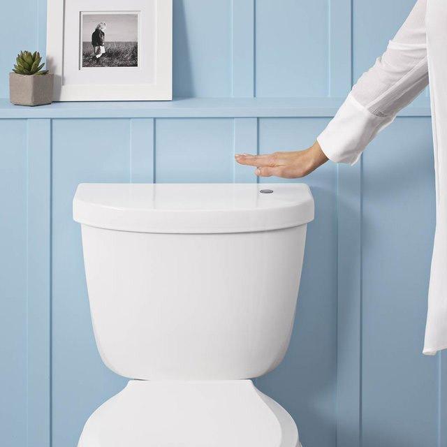 toilette wc sans contact geek. Black Bedroom Furniture Sets. Home Design Ideas
