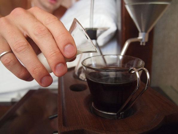 Réveil machine à café