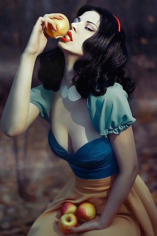Cosplay sexy de Blanche Neige