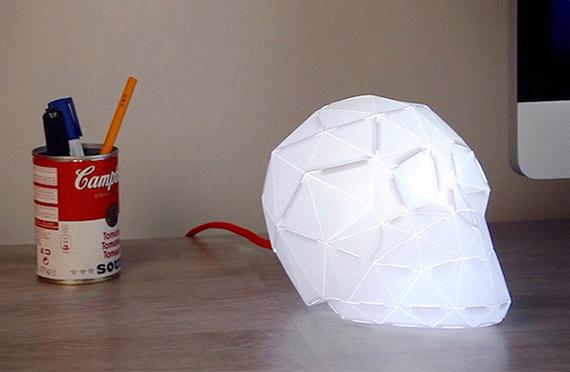 Lampe origami tête de mort
