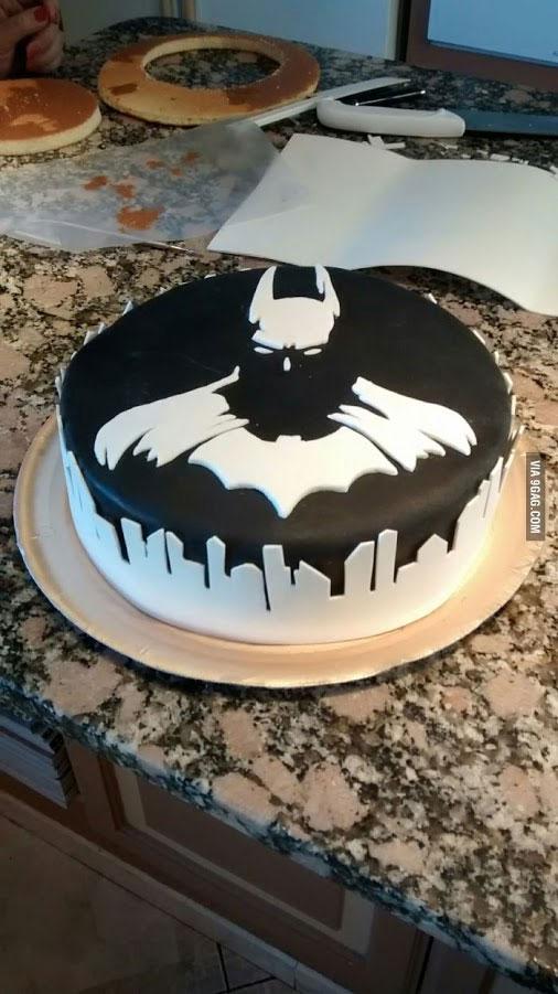 Torta Cake Design Batman : Le gateau Batman - Batman, Photo du jour