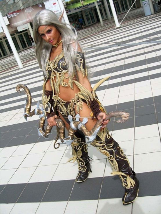 Wow sexy cosplay