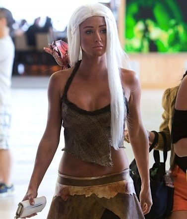 Cosplay sexy Sara Jean Underwood