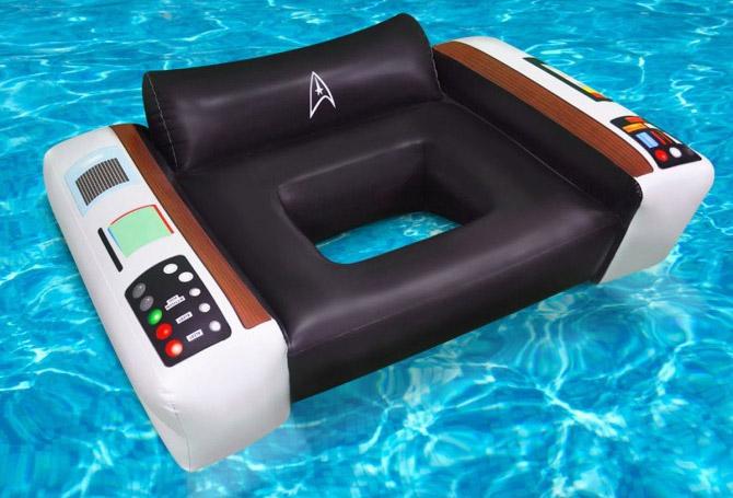 fauteuil de piscine star trek geek. Black Bedroom Furniture Sets. Home Design Ideas