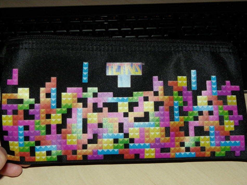 Trousse et carnet Space Invaders