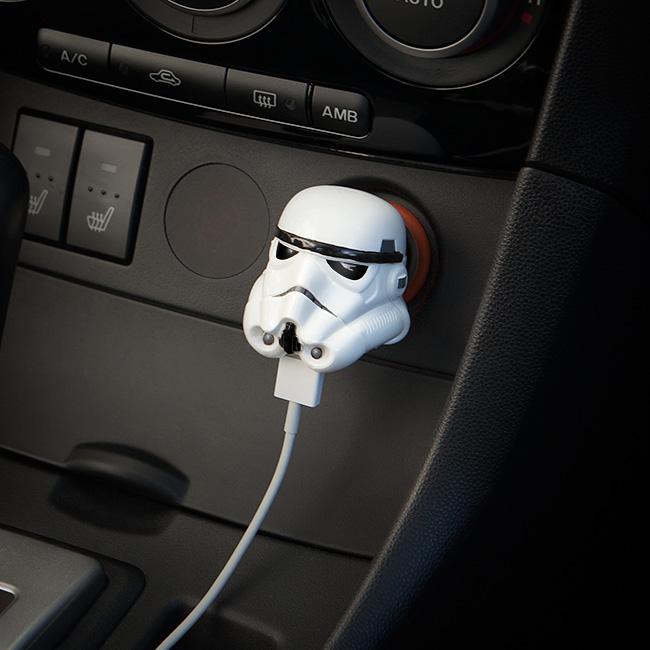 Chargeur USB allume cigare Stormtrooper et Dark Vador