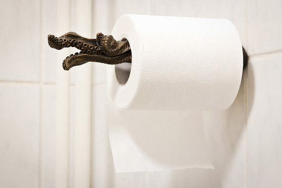 Tentacule rouleau de papier toilette