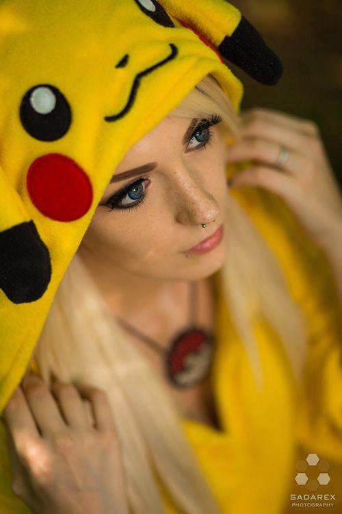 Cosplay de Pikachu sexy