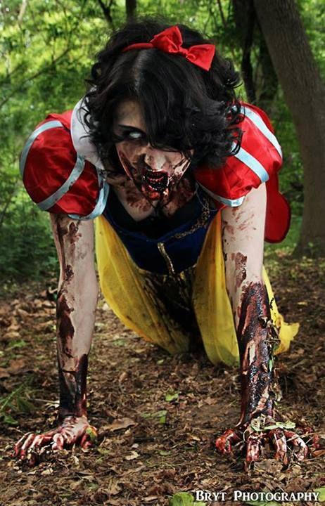 Cosplay de zombie sexy