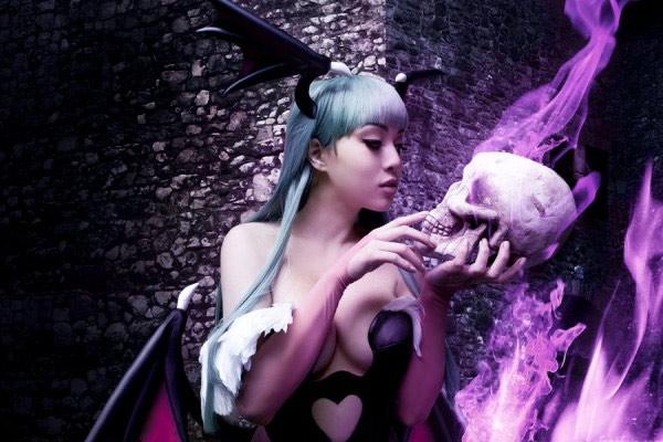 Vampy Bit Me Linda Le