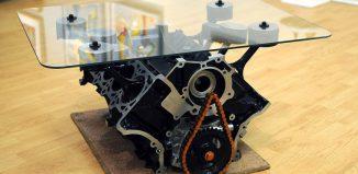 Table basse moteur de Mustang