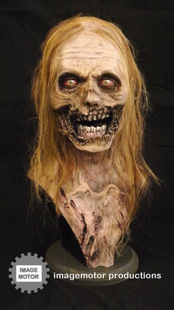 Buste de zombie taille réelle